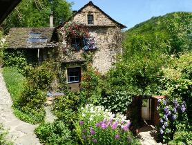 Huizen Verhuur Frankrijk : Romantisch tweepersoons natuurhuisje gite of idyllisch vakantiehuis